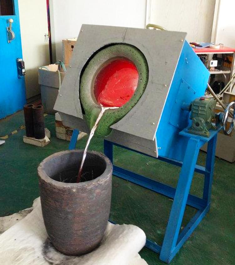 湖南哪里有卖70公斤(KG)熔锡炉中频熔炼炉