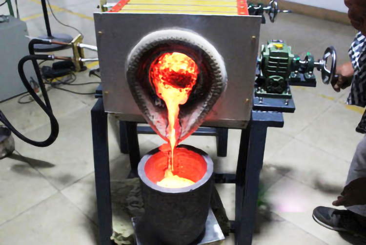 金属熔化炉