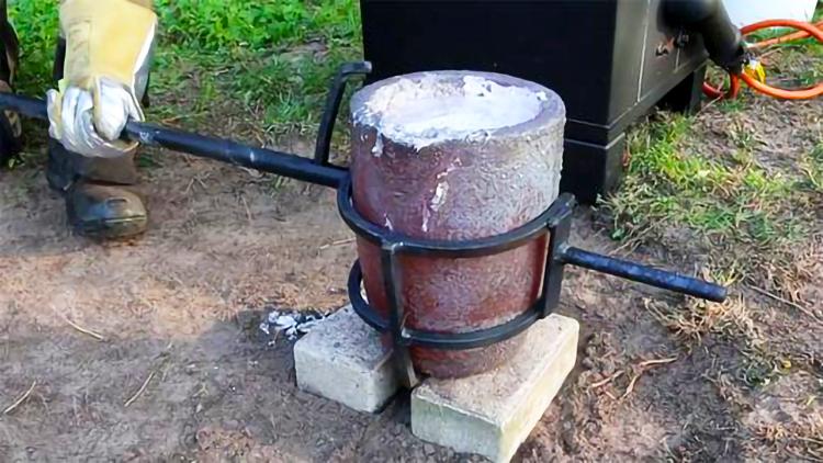 化铝水的炉子